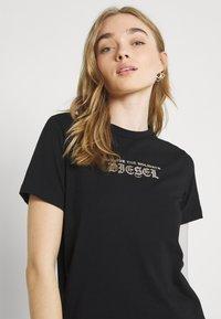 Diesel - UFTEE SILY - Print T-shirt - black - 3