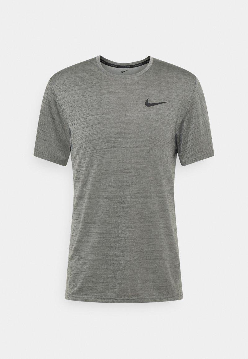 Nike Performance - HYPER DRY - Triko spotiskem - iron grey/particle grey/black