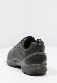 ECCO - BIOM FJUEL - Sneakers laag - black - 3