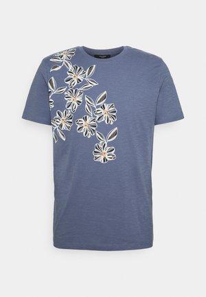JPRBLAGOA PLACEMENT TEE - T-shirt imprimé - atlantic blue
