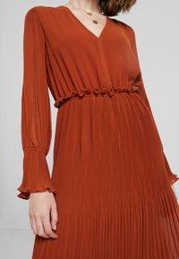 YAS - YASJOLANA DRESS - Robe d'été - caramel café - 4