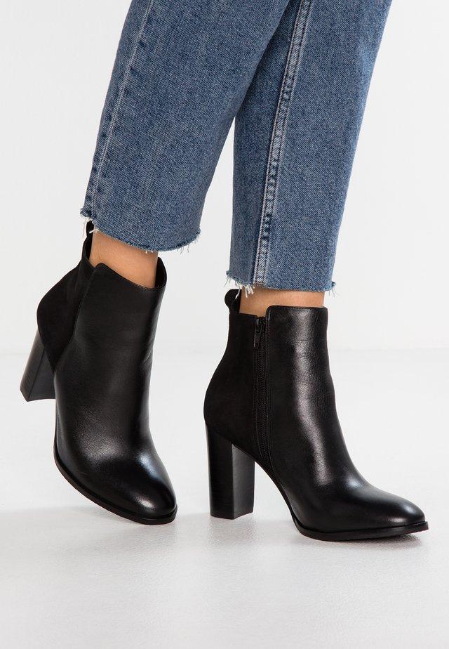 EFAZA - Kotníková obuv - noir