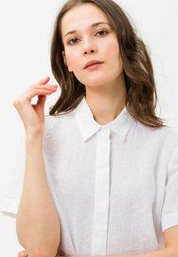 BRAX - STYLE VELIA - Button-down blouse - white - 3