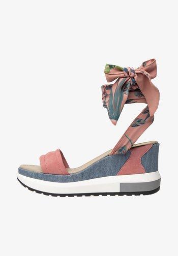 Platform sandals - aragosta