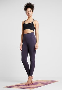 Nike Performance - FAVORITES STRAPPY - Sports bra - black/white - 1