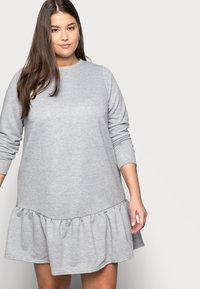 New Look Curves - DROP HEM DRESS - Denní šaty - grey niu - 3