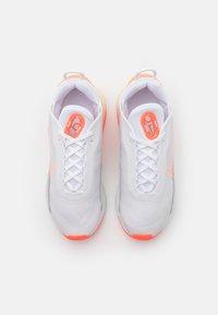 Nike Sportswear - AIR MAX 2090 - Trainers - white/crimson tint/bright mango - 5