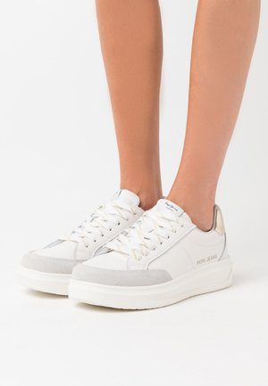 ABBEY TOP - Sneakers basse - factory white