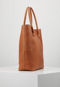 Decadent Copenhagen - ELSA PLAIN TOTE - Tote bag - cognac - 3