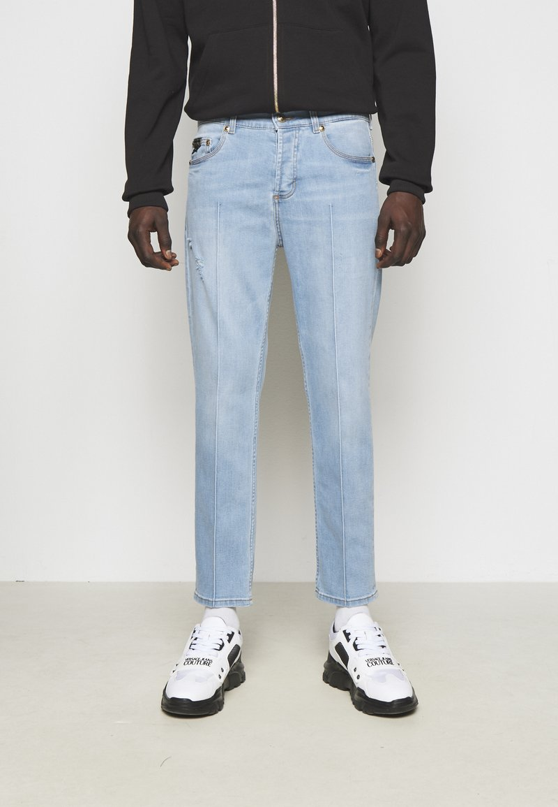 Versace Jeans Couture - SIOUX  - Jeans Tapered Fit - light blue denim