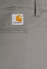 Carhartt WIP - SID PANT DELTONA - Chinot - shiver rinsed - 5