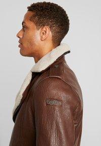 Tigha - FALCO - Veste en cuir - dark brown/beige - 5