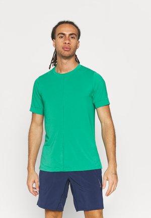 Basic T-shirt - neptune green