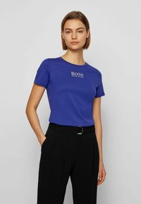 BOSS - DELAWARE - Print T-shirt - dark purple - 0