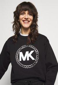 MICHAEL Michael Kors - CHAIN LOGO - Sweatshirt - black/silver - 3