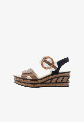 Platform sandals - braun
