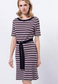 zero - Shift dress - magenta rouge - 0