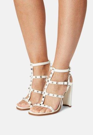FELIZIA - Sandals - white