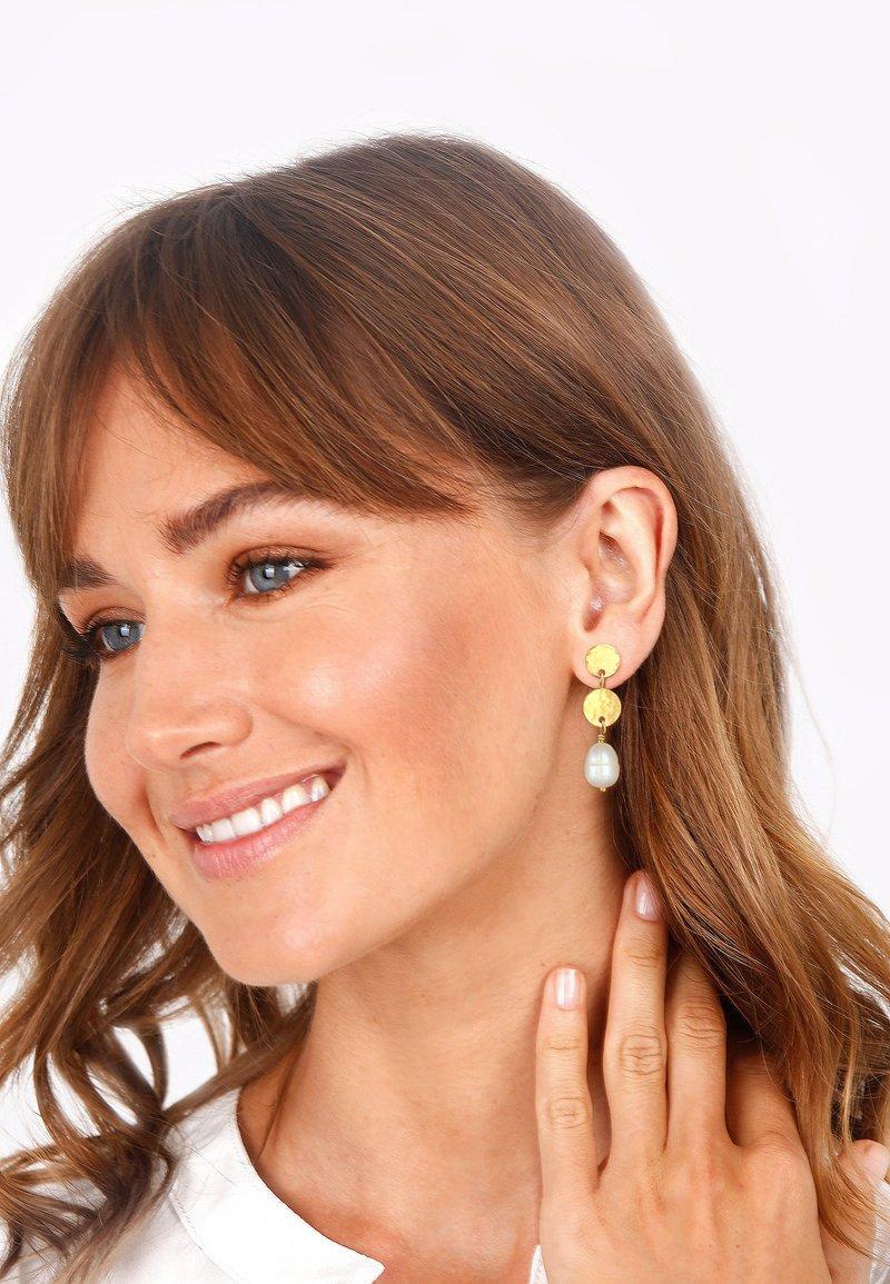 Elli - BAROQUE - Earrings - gold