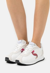 Paul Smith - SEVENTIES - Baskets basses - white - 0