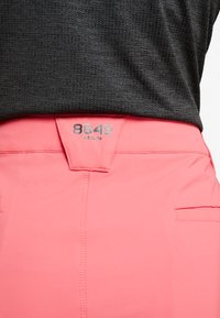 8848 Altitude - EALA  SHORTS - Sports shorts - magenta - 4