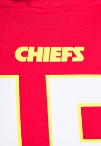 Fanatics - NFL PATRICK MAHOMES KANSAS CITY CHIEFS ICONIC NAME & NUMBER  - Club wear - red - 2