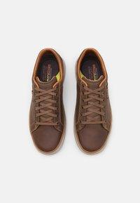 Skechers - MORENO WINSOR - Trainers - dark brown - 3