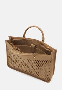 Anna Field - Laptop bag - beige - 2
