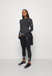 Nike Performance - Sportshirt - black - 1
