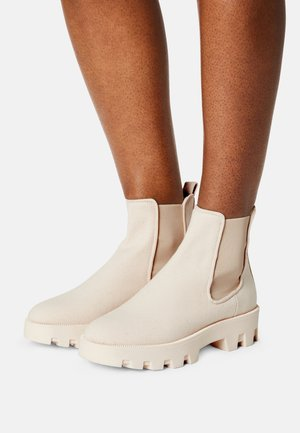 PILAR  - Ankle boots - raw
