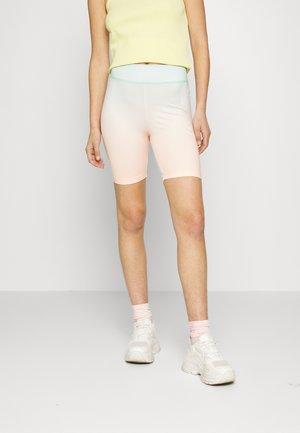 GLOAMING - Shorts - eggshell/blue-gloaming