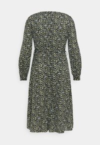 Missguided Plus - V NECK MIDAXI DRESS FLORAL - Day dress - black - 1