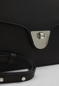Coccinelle - FLORENCE SHOULDER - Handbag - noir - 4