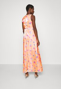 Who What Wear - TIE FRONT DRESS - Maxi dress - blossom orange - 2