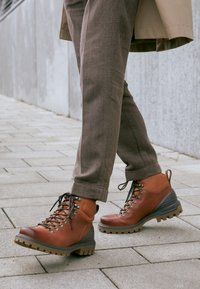 ECCO - TREDTRAY - Lace-up ankle boots - amber - 4