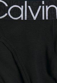 Calvin Klein Underwear - HIP BRIEF - Briefs - black - 2