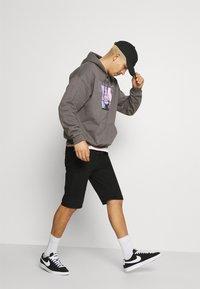 Mennace - NOTHING BUT NET HOODIE - Sweatshirt - grey - 3