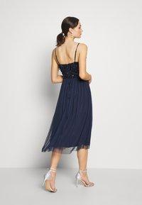 Lace & Beads - AZALIA MIDI - Cocktail dress / Party dress - navy - 2