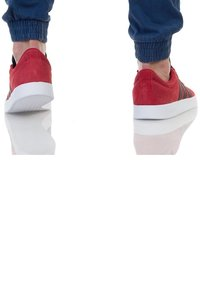 adidas Originals - Sports shoes - red, white - 2