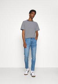 Newport Bay Sailing Club - SLIM LEG - Slim fit jeans - light wash - 1