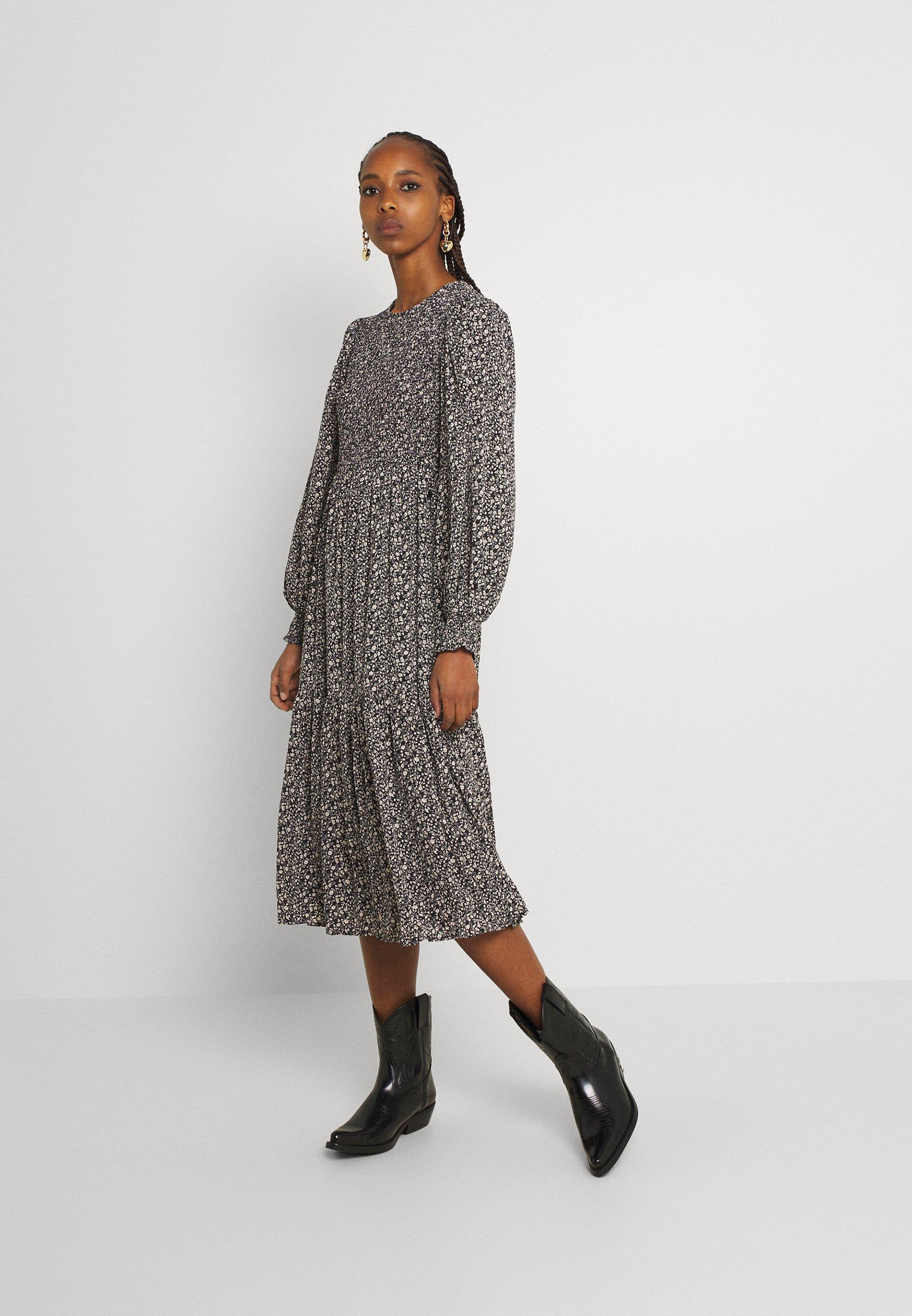 Women NUCALTUM DRESS - Day dress