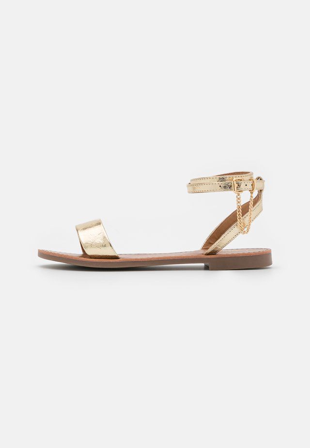 ONLMELLY CHAIN  - Sandalen - gold