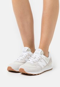 New Balance - WL574 - Sneakers - silver - 0