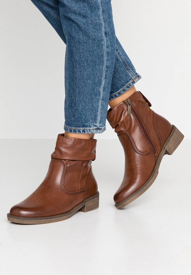 Tamaris - Boots  - Classic ankle boots - chestnut