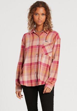 PLAID TO MEET U - Button-down blouse - auburn
