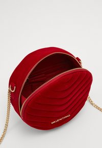 Valentino by Mario Valentino - CARILLON - Across body bag - rosso - 2