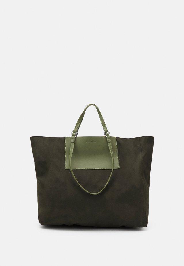 PALERMO - Tote bag - green