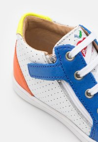 Shoo Pom - BOUBA ZIP BOX - Baby shoes - white/blue/orange - 5