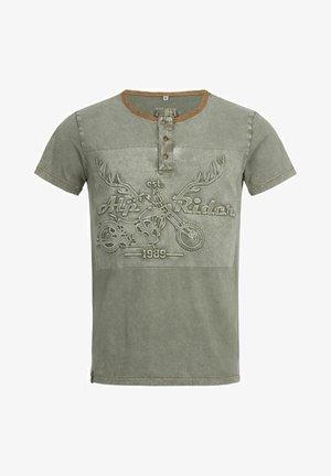 TRACHTEN KARL  - Print T-shirt - oliv
