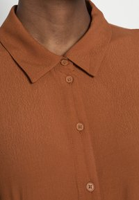 TOM TAILOR DENIM - MIDI DRESS - Maxi dress - amber brown - 4
